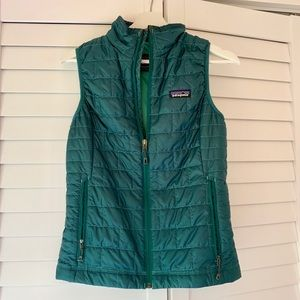 Patagonia women's Nano Puff Vest XS, emerald green